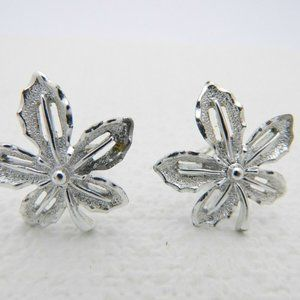 SARAH COVentry Signed Silver Tone Flower Clip